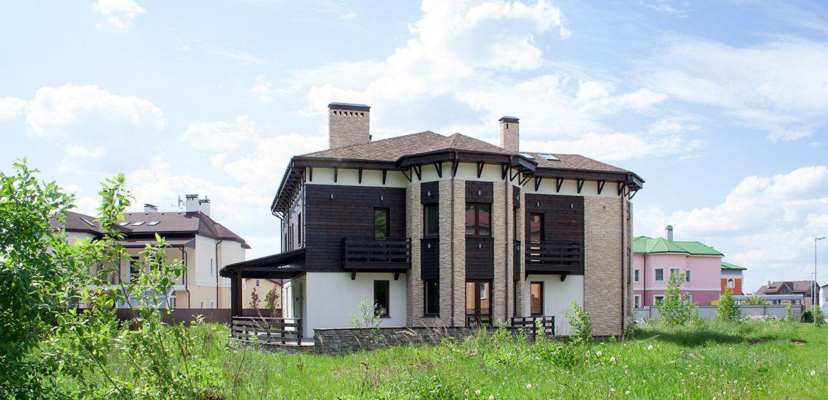 Этот дом можно купить в поселке Family Club