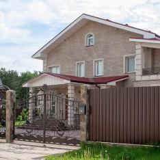 Дом в классическом стиле в КП Фэмили Клаб
