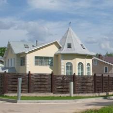Лесная часть поселка Фэмили Клаб