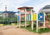 Детская площадка в поселке Family Club
